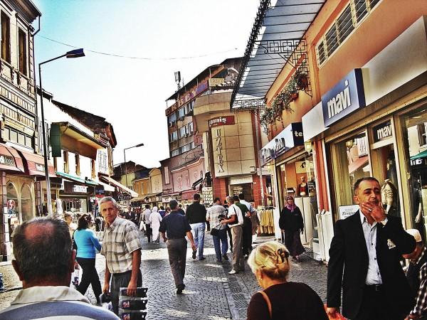Городской базар Кемералты в Измире