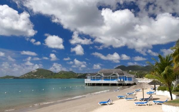 Пляж отеля Sandals Halcyon Beach