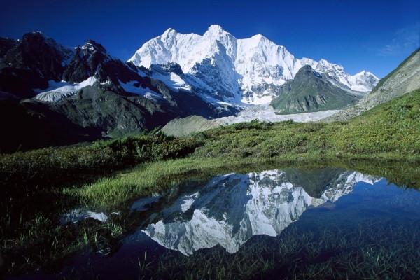Чомо Лонзо - вершина в Гималаях, Тибет