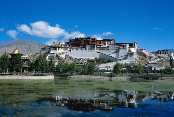 Потала - бывшая резиденция Далай-Ламы в г. Лхаса