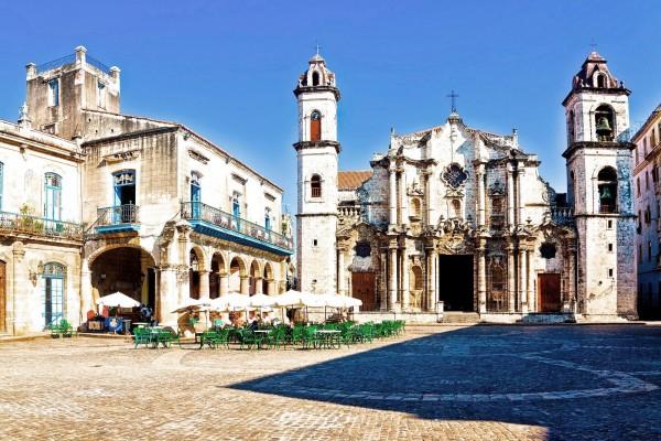 Кафедральный собор на пощади Гаваны