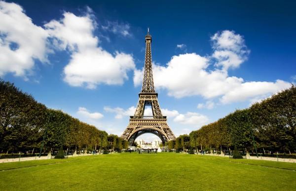 Эйфелева башня (tour Eiffel) - символ Парижа