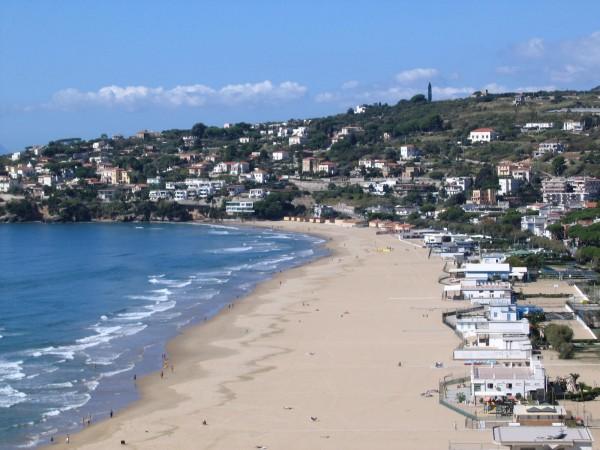 Гаэта - пляж Серапо