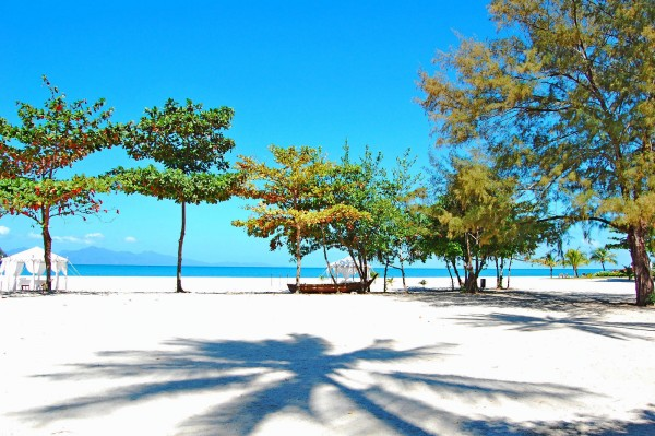 Пляж на острове Лангкави, Малайзия