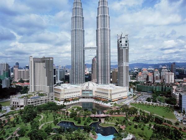 Башни Петронас - визитная карточка Куала Лумпур