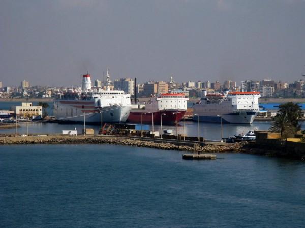 Порт в Суэце