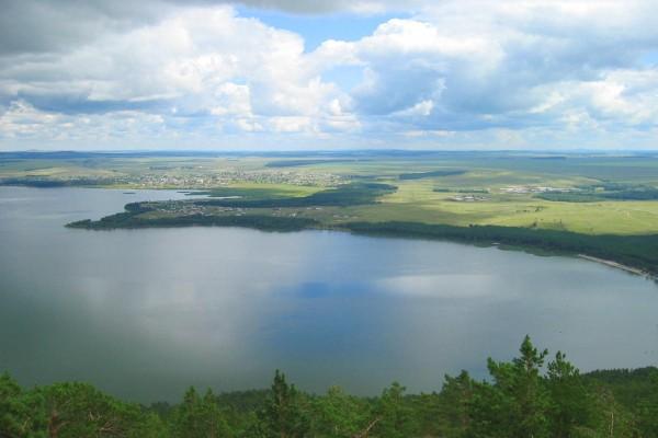 Озеро Иман-тау в Казахстане