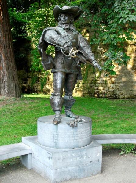 Памятник д'Артаньяну в Маастрихте