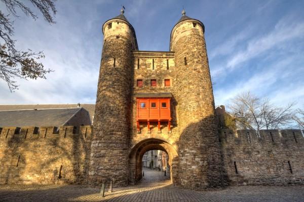 «Ворота в ад» в Маастрихте