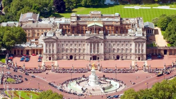 Букингемский дворец - резиденция королевы