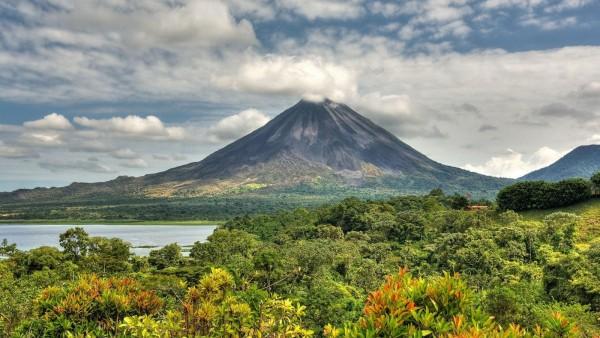 Вулкан Химмель в Коста-Рике